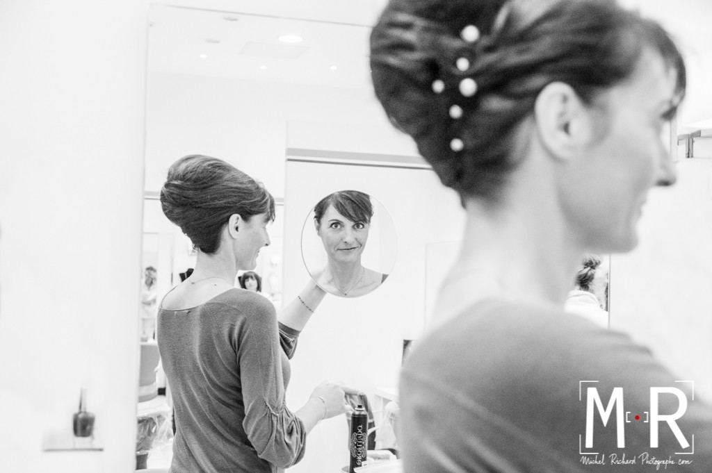 Mariage-preparatifs-Michel-Richard-mariée-miroir